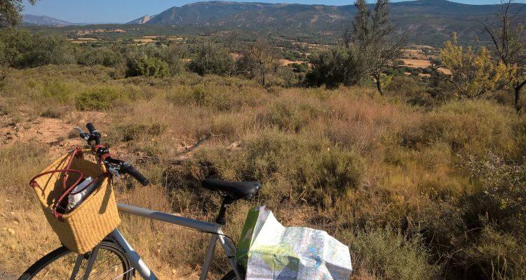 photo d'une balade à vélo en sierra de guara en espagne