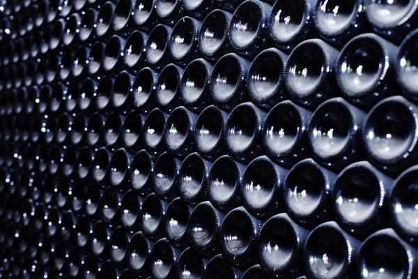 image de bouteilles de vin