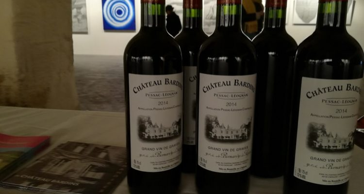 photo bouteilles de vins de bardins
