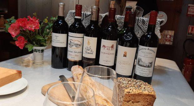 bouteilles de vins de bordeaux